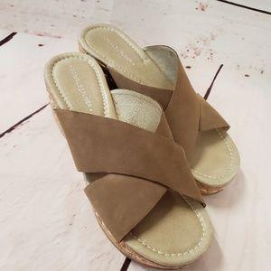 Donald J. Plainer 6 1/2 strappy cork Wedge sandals